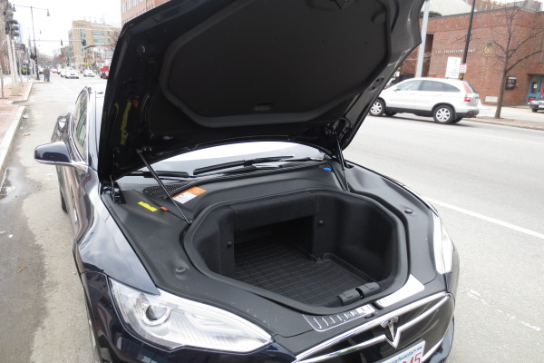 under hood storage in Tesla Model S