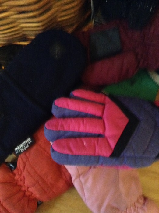 Pile of unpaired gloves